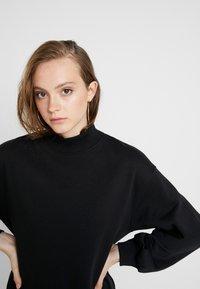 Even&Odd - High Collar Sweatshirt - Sweater - black - 5