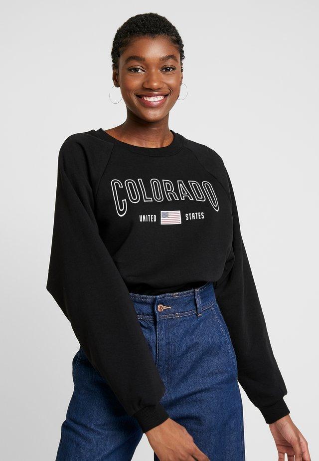 Collegepaita - black