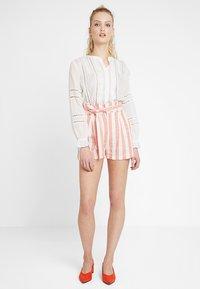 Even&Odd - Shorts - white orange - 1