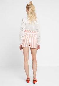 Even&Odd - Shorts - white orange - 2