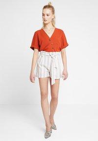 Even&Odd - Shorts - white/beige - 1