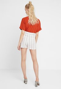 Even&Odd - Shorts - white/beige - 2