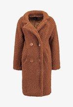 Zimní kabát - ginger bread