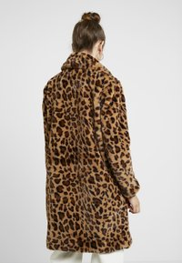 Even&Odd - Classic coat - leo - 2