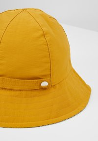 Even&Odd - REVERSIBLE HAT - Bonnet - mustard - 6