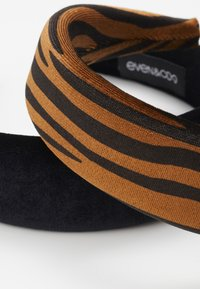 Even&Odd - 2 PACK - Hair Styling Accessory - brown/black - 4