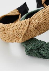Even&Odd - 2 PACK - Accessori capelli - green/beige - 2