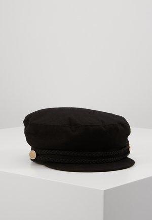 Hut - black