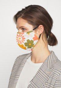 Even&Odd - 3 PACK - Community mask - multi/orange - 2
