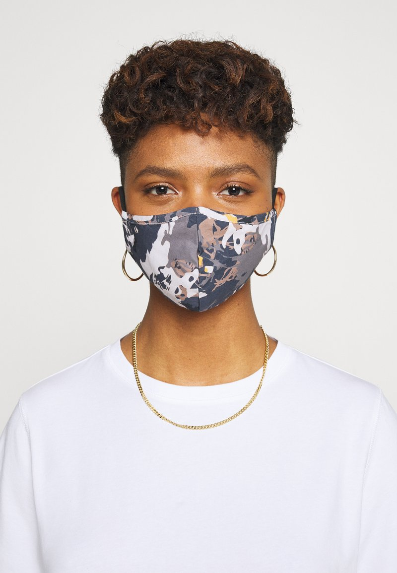 Even&Odd - 3 PACK - Community mask - off-white/multi/black