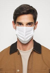Even&Odd - 10 PACK DISPOSABLE - Community mask - white - 3