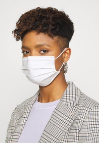 Even&Odd - 10 PACK DISPOSABLE - Community mask - white - 2