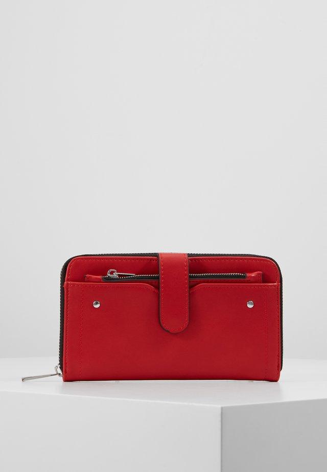 SET - Wallet - red