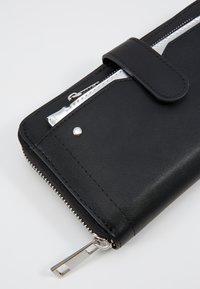 Even&Odd - SET - Wallet - black - 2