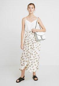 Even&Odd - Across body bag - white - 1