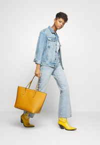 Even&Odd - Shopping bag - yellow - 1