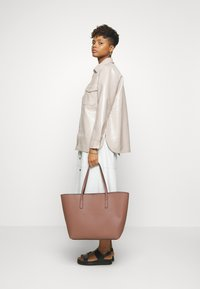 Even&Odd - Tote bag - nude - 1