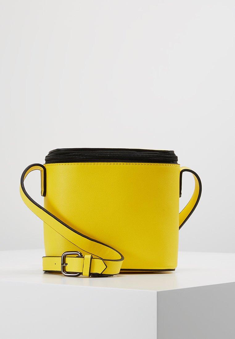 Even&Odd - Umhängetasche - yellow