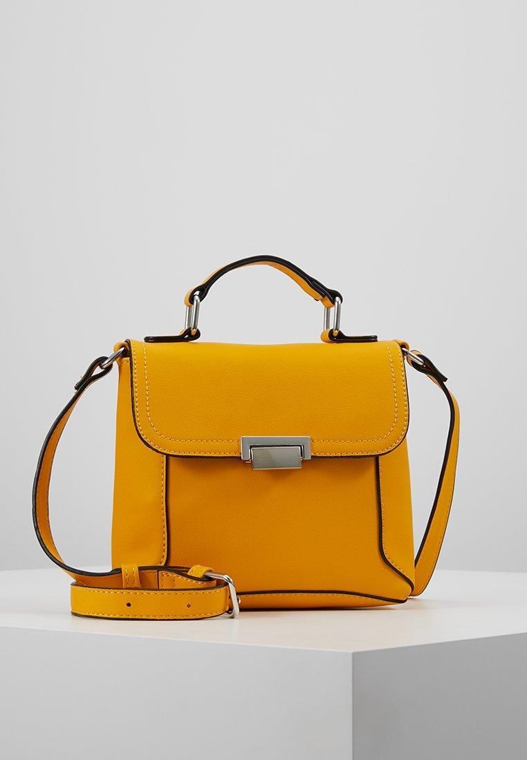 Even&Odd - Taška spříčným popruhem - yellow