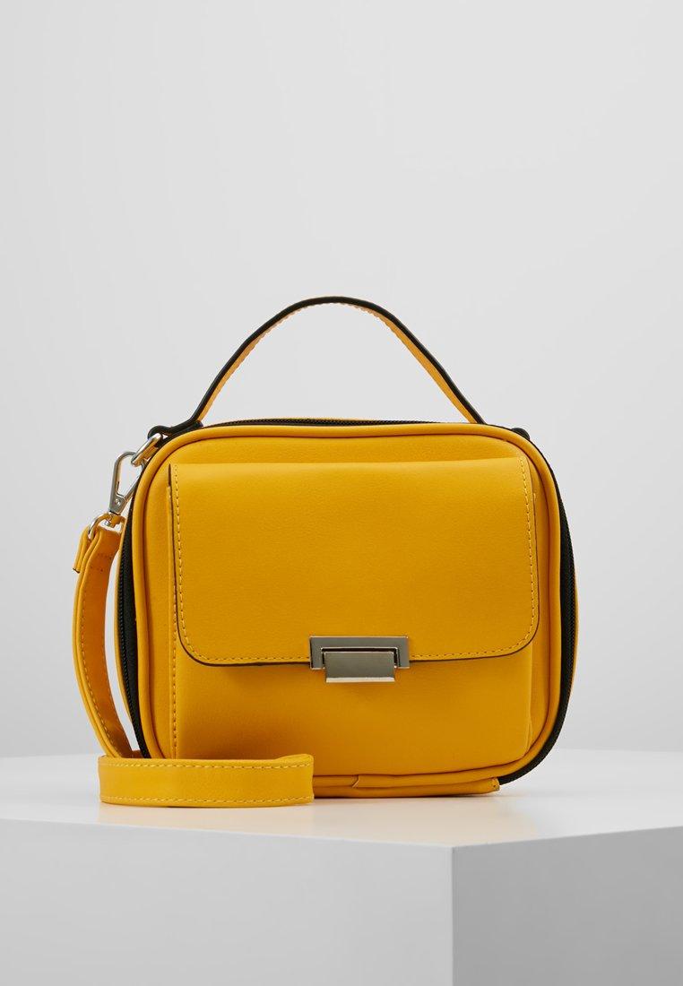 Even&Odd - Bandolera - yellow