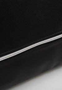 Even&Odd - Weekend bag - black - 7