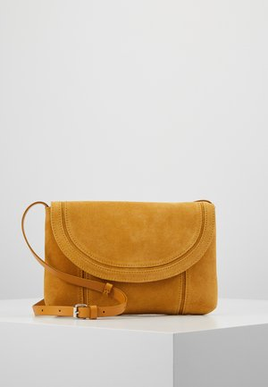 LEATHER - Schoudertas - mustard
