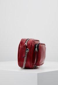 Even&Odd - Across body bag - red - 3