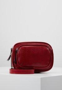 Even&Odd - Across body bag - red - 0