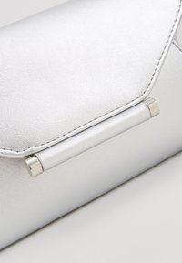 Even&Odd - Clutch - silver - 5