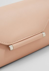 Even&Odd - Clutch - nude