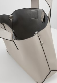Even&Odd - Håndtasker - light grey - 4