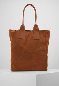 Even&Odd - LEATHER - Tote bag - cognac - 3