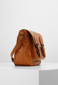 Even&Odd - Across body bag - cognac - 3