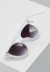 Even&Odd - Sunglasses - white - 3
