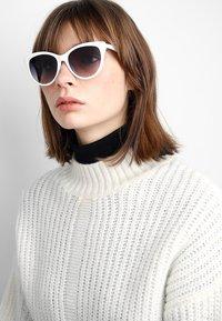 Even&Odd - Sunglasses - white - 1