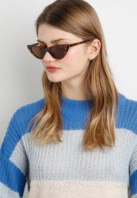 Even&Odd - Sluneční brýle - brown - 1