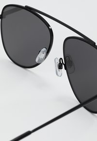 Even&Odd - Sonnenbrille - silver - 3