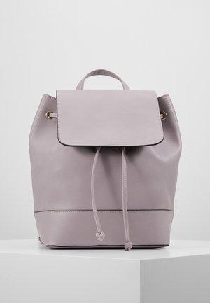 Batoh - lilac