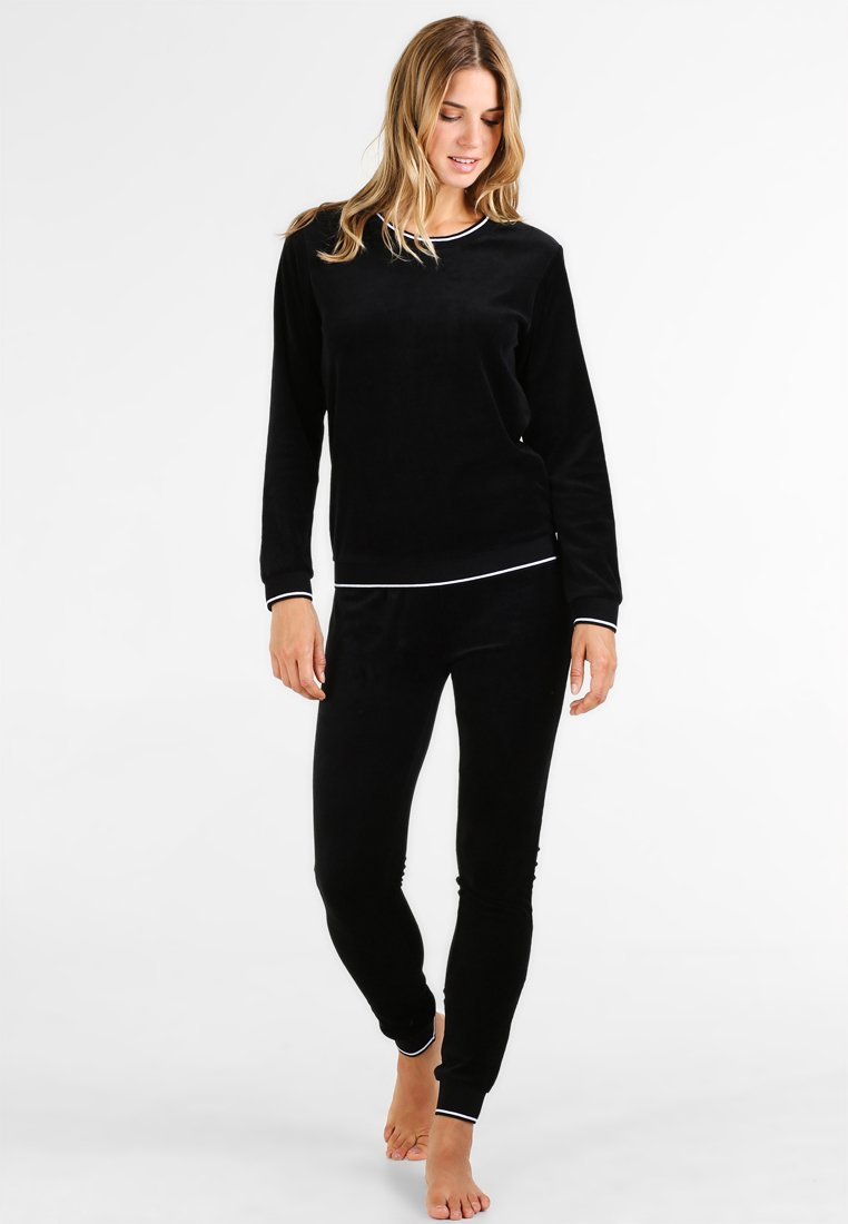 Even&Odd - VELVET SLEEPWEAR SET - Pyjama set - black