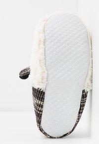 Even&Odd - Pantofole - white/ black - 6