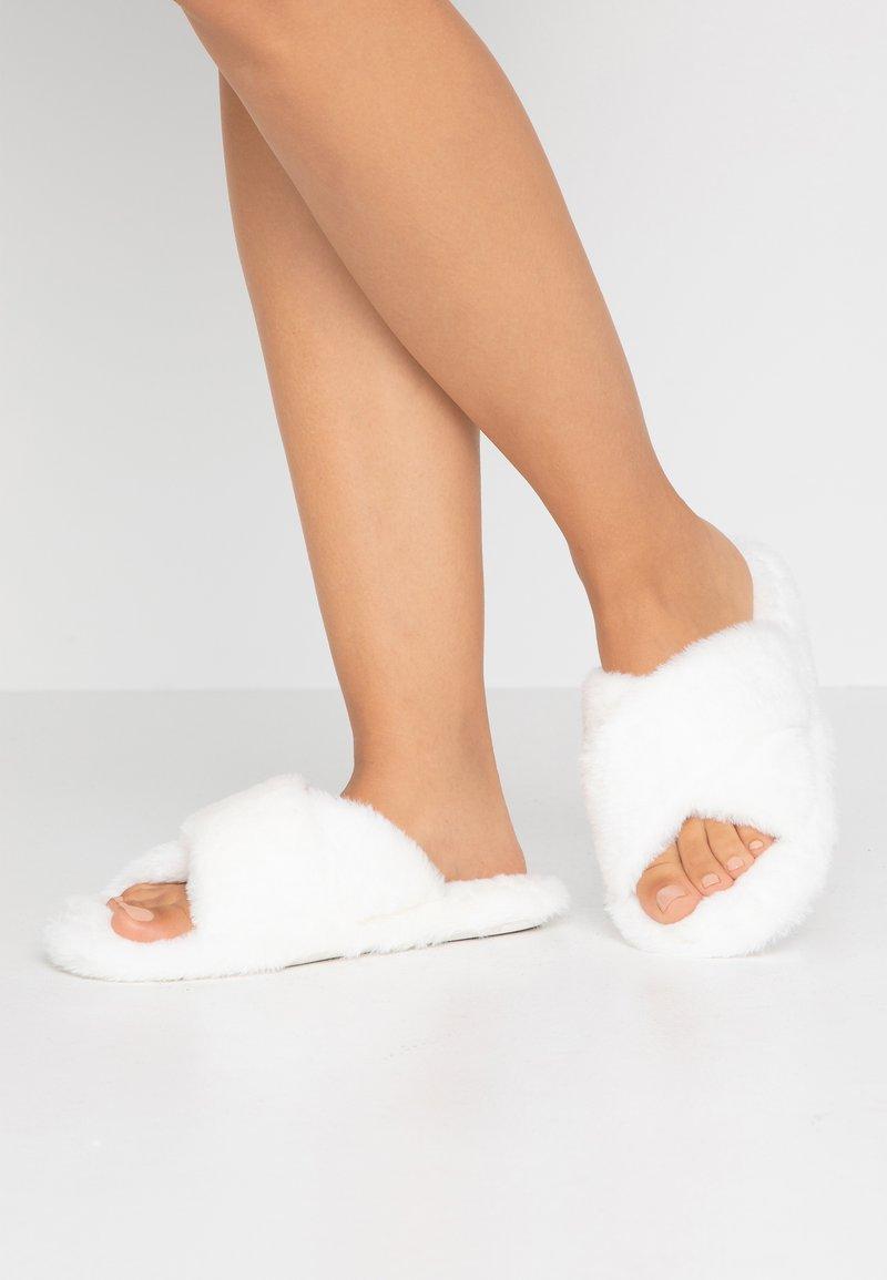 Even&Odd - Domácí obuv - white