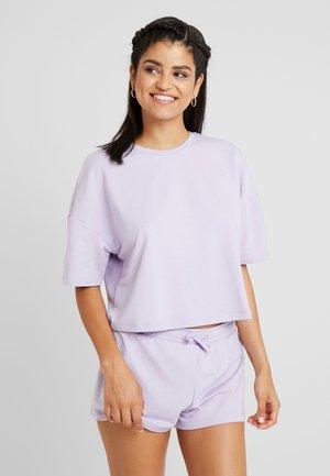 SET - Nachtwäsche Set - lilac