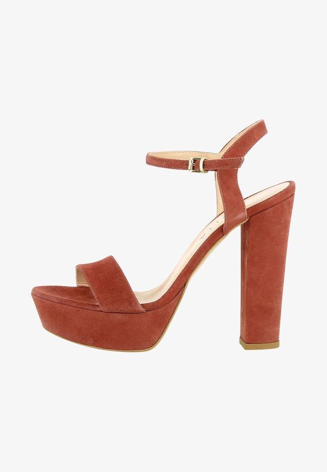 STEFANIA - Højhælede sandaletter / Højhælede sandaler - brown