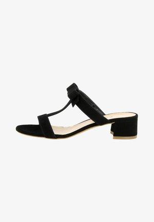 DARIA - Pantolette flach - black