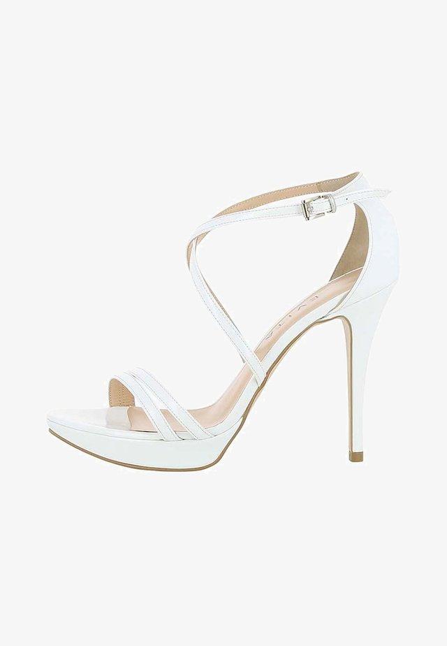 VALERIA - Højhælede sandaletter / Højhælede sandaler - white