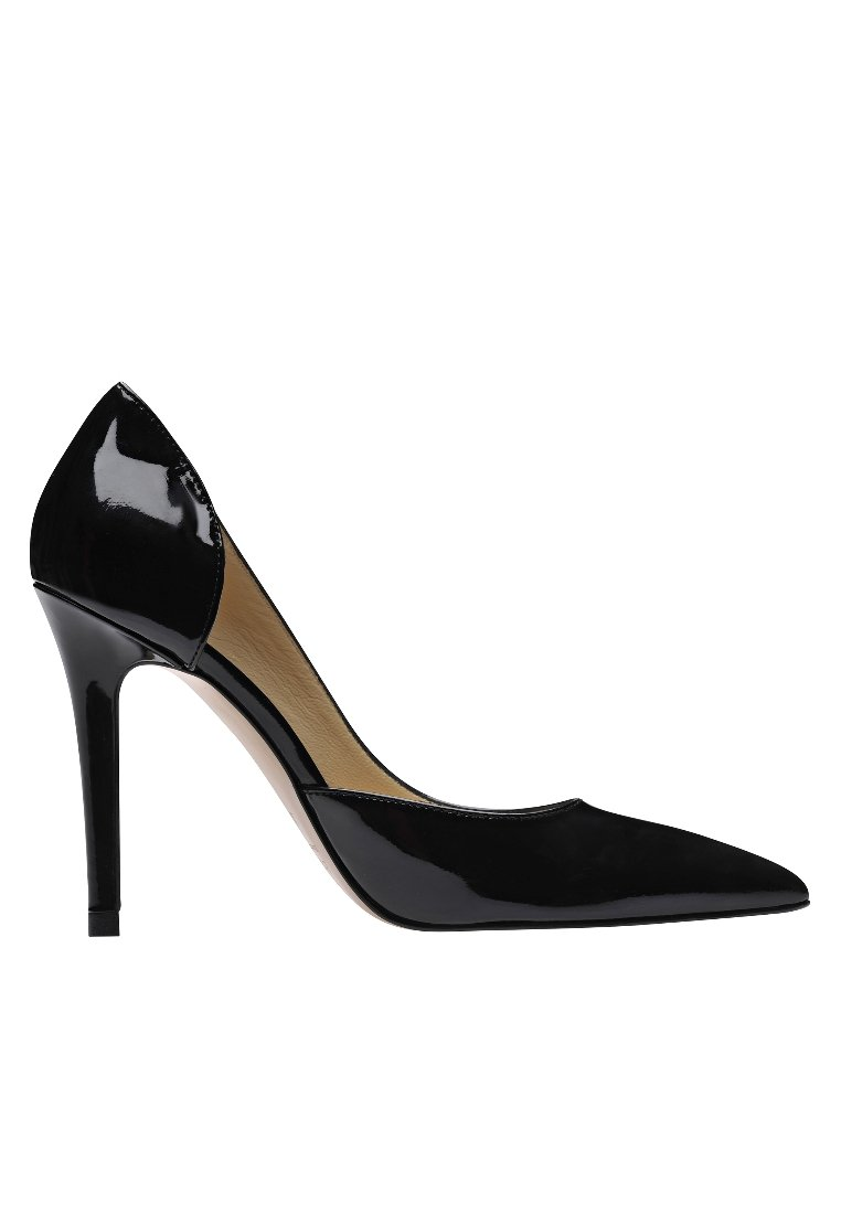 Evita High Heel Pumps - Black Friday