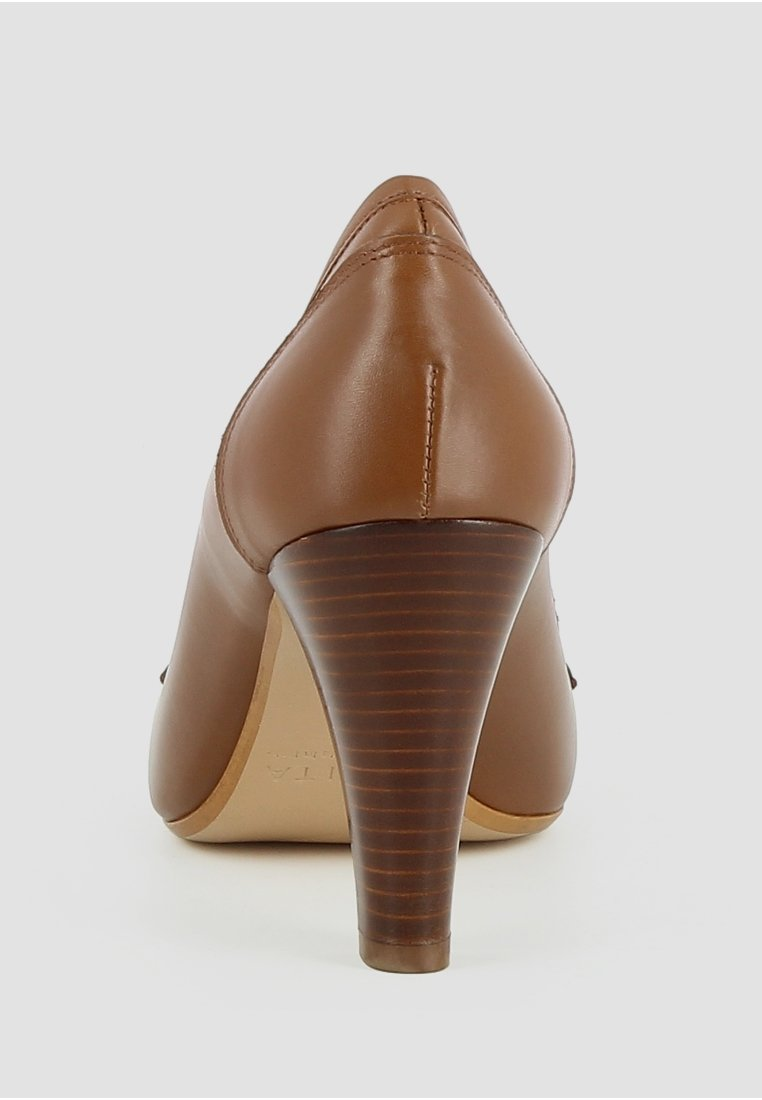 Evita MARIA - Højhælede pumps - cognac