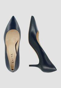 Evita - Pumps - dark blue - 1