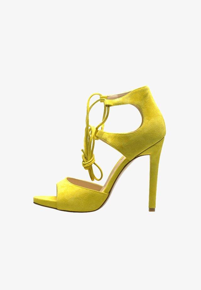 Sandaletter - yellow