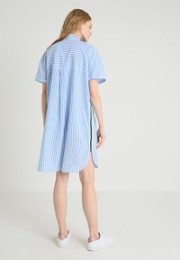 Emily van den Bergh - Shirt dress - white/blue - 2